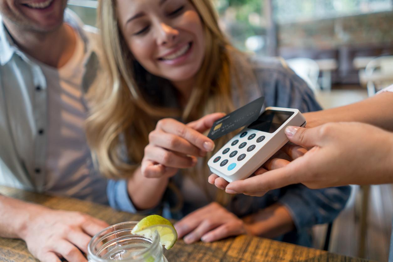 Paiement sans contact : utiliser votre carte bancaire sans l'insérer dans l'appareil