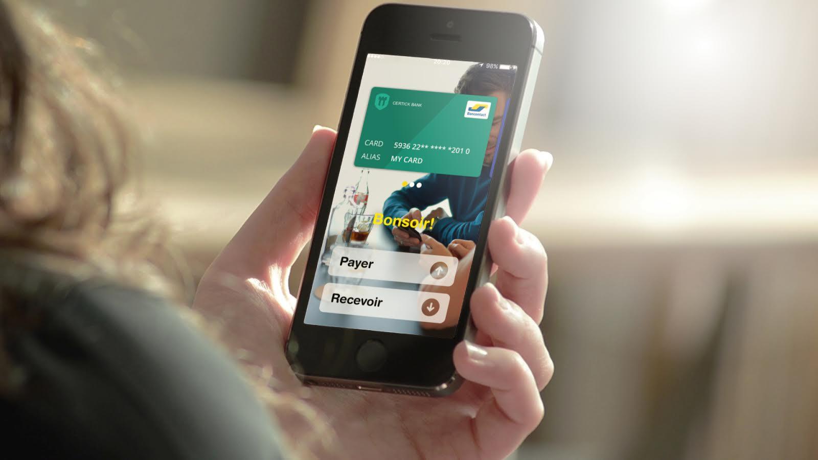 Application Bancontact mobile avec carte bancaire enregistrée